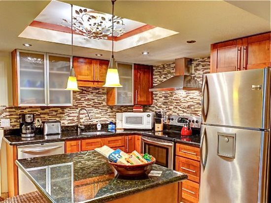 Fully-equipped remodeled kitchen
